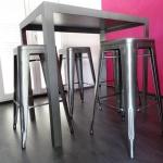 Création sur mesure de mobilier métallique,  mobilier d'art Toulouse FAS, travaille du fer forgé
