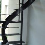 Escalier en acier Toulouse marches métal insonorisées