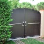 Fabrication sur mesure de portails en fer forgé et design de haute qualité FAS