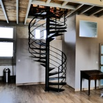 Escalier colimaçon métal sur mesure by FAS